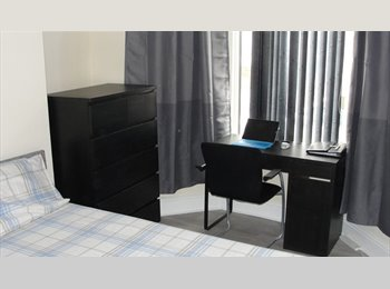 EasyRoommate UK - furnished double room available, Fairfield - £330 pcm
