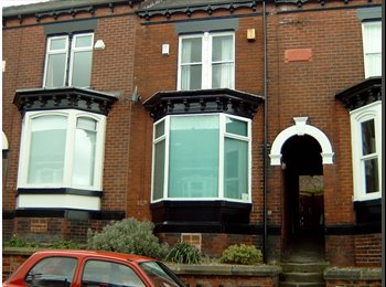 EasyRoommate UK - Hunters Bar:  3 Double Rooms Remaining in Superb 4  Bed  Hse, Banner Cross - £395 pcm