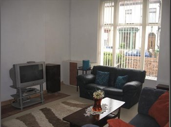 EasyRoommate UK - Rooms Available in spacious property in Walton, Orrell Park - £280 pcm
