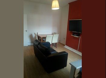 EasyRoommate UK - bedroom in shared furnshed house available to rent, Fairfield - £220 pcm