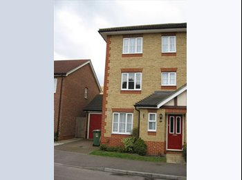 EasyRoommate UK - Ensuite Double room to let in Maidstone for professional, Maidstone - £600 pcm