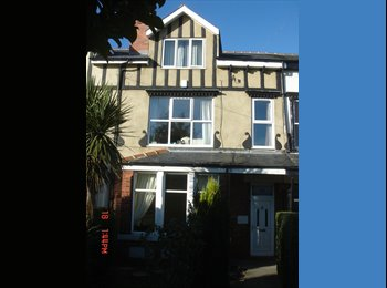 EasyRoommate UK - Double Bedroom in a Victorian House Share, Crossgates - £325 pcm