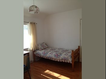 EasyRoommate UK - Rooms for Rent, Stanmer Heights - £440 pcm
