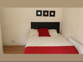 EasyRoommate UK - Double room close to city centre from £95 a week, Beech Lanes - £400 pcm