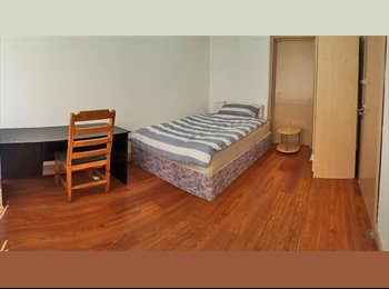 EasyRoommate UK - HOUSE TO RENT IN, MOSTON, MANCHESTER - M9, Blackley - £320 pcm