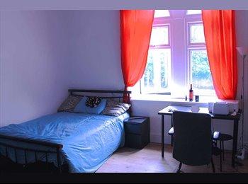 EasyRoommate UK - ROOMS TO LET., Huddersfield - £476 pcm