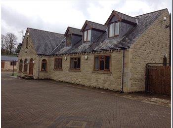 EasyRoommate UK - Luxury detached house, Halifax - £400 pcm