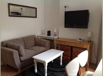 EasyRoommate UK - 4 MILES TO CITY  CENTRE,  HEARTLANDS , SOLIHULL, NEC, South Yardley - £385 pcm