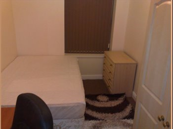 EasyRoommate UK - Four dbl rooms in crooks s10 frm now  Jul/Sep/Oct, Crookesmoor - £350 pcm