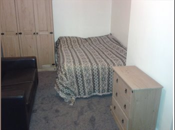 EasyRoommate UK - NO DEPOSIT immaculate room  ALL BILLS INC, Accrington - £299 pcm