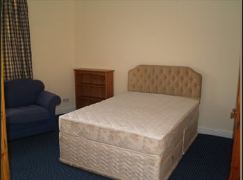 EasyRoommate UK - Bargain Rooms in Shared House, most bills included, Dudley - £390 pcm