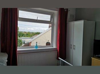 EasyRoommate UK - Double Room in Bispham, Thornton-Cleveleys - £300 pcm