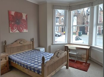 EasyRoommate UK - Fantastic Ensuite Double Bedroom - Act Now as they go fast!!!, Rotton Park - £500 pcm