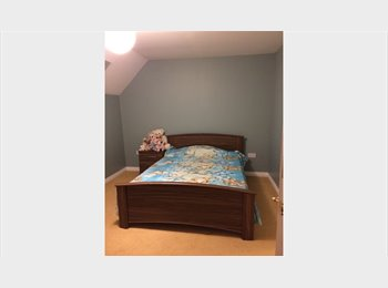 EasyRoommate UK - DOUBLE ROOM, Swindon - £400 pcm
