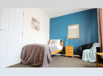 EasyRoommate UK - Close To The Queens Hospital, Burton-on-Trent - £343 pcm