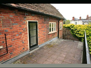 EasyRoommate UK - Flat share in Whitchurch Hampshire, Andover - £350 pcm