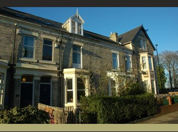 EasyRoommate UK - two big rooms in fab house next to park. Full sky package, Heaton - £320 pcm