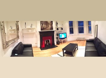 EasyRoommate UK - Three bedroom flat, bright and spacious in the heart of Maida Vale W9   , Maida Vale - £950 pcm