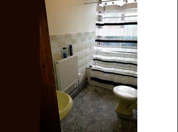 EasyRoommate UK - Share room in Charlton SE7, Charlton - £240 pcm