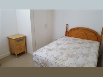 EasyRoommate UK - Newly Refurbished Double Room Available, Bedford - £350 pcm