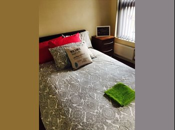 EasyRoommate UK - REDUCED Final double rooms available July! £250 Deposit, Gravelly Hill - £500 pcm