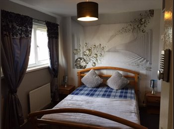 EasyRoommate UK - Professionals shared house in  Stapleford, bills incl,no deposits., Wollaton - £325 pcm