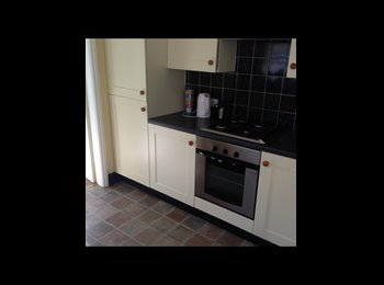 EasyRoommate UK - Recently refurbished , Grimsby - £347 pcm