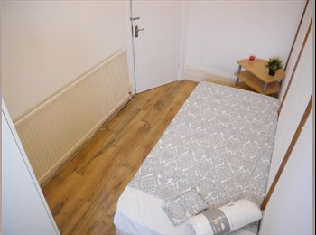EasyRoommate UK - + NEW HOUSE COZY CUTE CHEAP SINGLE ROOMS !!!, Willesden - £564 pcm