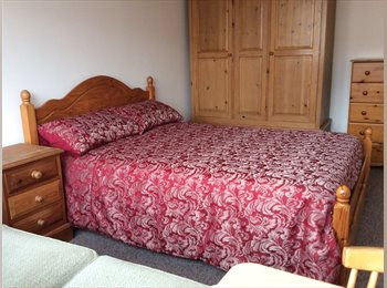 EasyRoommate UK - Great location in friendly houseshare, Colchester - £500 pcm