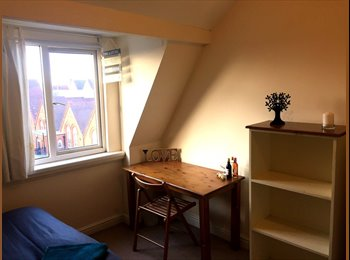 EasyRoommate UK - Great Doubles In Edgbaston Home, Rotton Park - £450 pcm