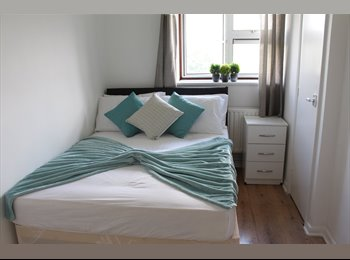 EasyRoommate UK - Stunning Double Room in Hornchurch  - AVAILABLE NOW WITH SPECIAL OFFER!!!, Heath Park - £420 pcm