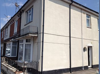 EasyRoommate UK - Double room with en-suite, Fratton - £400 pcm