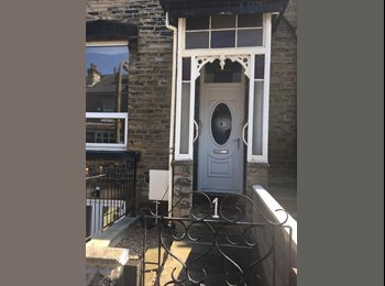 EasyRoommate UK - Large Double room Shipley/Saltaire, Saltaire - £330 pcm