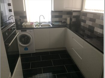 EasyRoommate UK - Double room to let, Aylesbury - £500 pcm