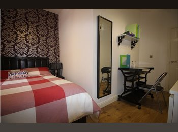 EasyRoommate UK - 8x High Spec Luxury Student Accommodation, Fallowfield - £563 pcm