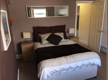 EasyRoommate UK - Fantastic Rooms & Studio Walking Distance to City Centre, Coventry - £470 pcm