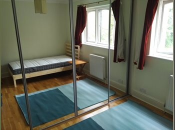 EasyRoommate UK - Double room in West Norwood, West Norwood - £650 pcm