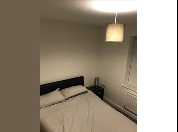 EasyRoommate UK - Double room to rent in new townhouse. , Macclesfield - £450 pcm