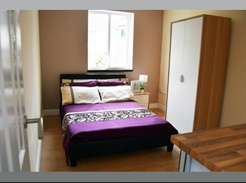 EasyRoommate UK - Newly Refurbished House! 6 Ensuite Rooms!!, Gravelly Hill - £450 pcm