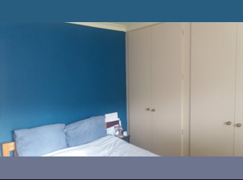 EasyRoommate UK - Superb bright double room for rent , Handsworth - £250 pcm