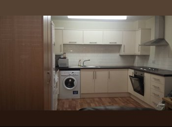 EasyRoommate UK - Two Beautiful Bedrooms Liverpool Town Centre for Only £500 pcm each, Liverpool - £500 pcm