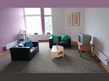 EasyRoommate UK - En-suite Double Room*All bills included, Tuebrook - £340 pcm