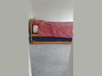 EasyRoommate UK - Large double room, Newhaven - £500 pcm
