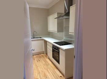 EasyRoommate UK - Double room available in a newly renovated building, on ashburnham road., Hastings - £350 pcm