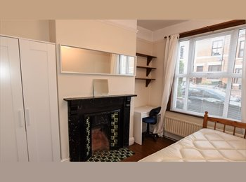 EasyRoommate UK - 4 bed house in Earlsdon, Earlsdon - £382 pcm