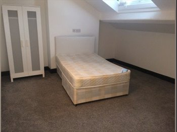 EasyRoommate UK - Large double bedroom in Kensington, Fairfield - £340 pcm