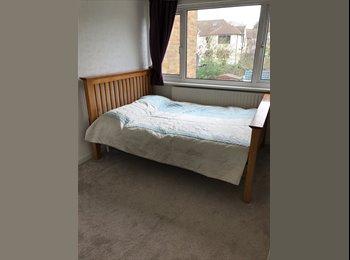 EasyRoommate UK - Bright & clean double room 4 min walk Central line, Burnt Oak - £525 pcm