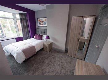 EasyRoommate UK - BRAND NEW En-suite rooms in  Barnsley!!, Barnsley - £395 pcm