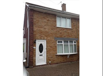 EasyRoommate UK - DOUBLE ROOM AVAILABLE TO RENT, WEDNSBURY (NEAR BILSTON), Lunt - £240 pcm