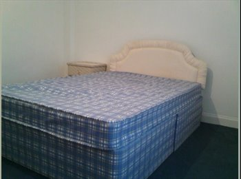 EasyRoommate UK - STUDENT ACCOMMODATION CLOSE TO COVENTRY UNIVERSITY, Coventry - £300 pcm